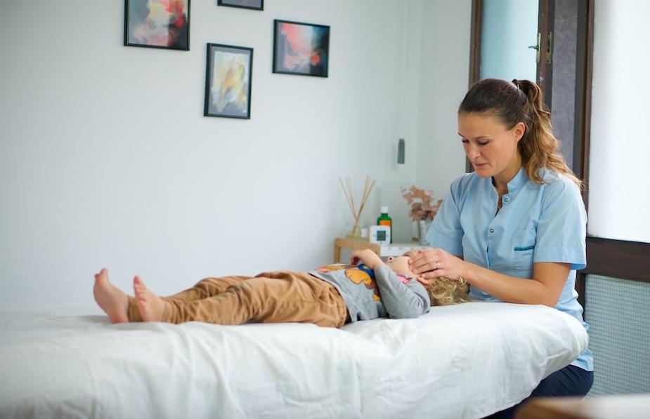 osteopatía bebés y niños, ostéopathie bébés et enfants, osteopathy babies and children